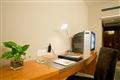 明亮寬敞的書桌台