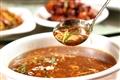 宋五嫂魚羹-魚肉的香鮮充斥整碗魚羹,而羹湯滑順易入口又醋香撲鼻,不愧是傳統杭幫名菜。