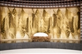 大廳的蠶繭意象雕塑