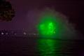 雷射在水面上的投影