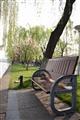 岸邊休憩的涼椅