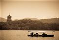 雷峰夕照湖景