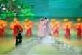 許仙與白娘子相會橋上的情景