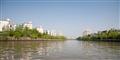 寬闊的運河景觀