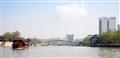 寬廣的運河河面