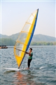 風帆船好手馳騁水上
