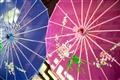 色彩鮮豔美麗的傘