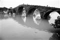 古樸的石砌廣濟橋