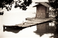 逍遙岩岭湖-木舟
